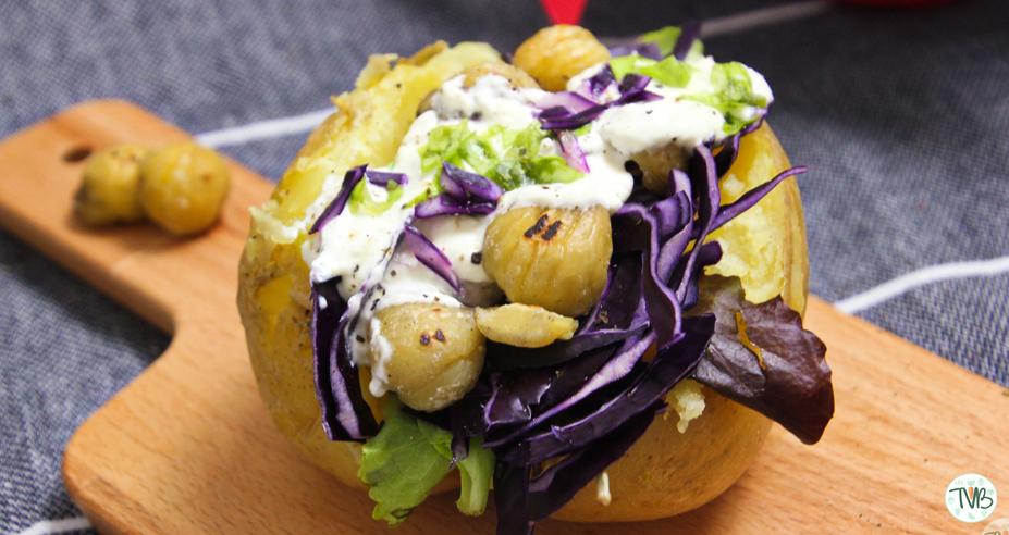 Ofenkartoffel mit Rotkraut und Maroni #vegan