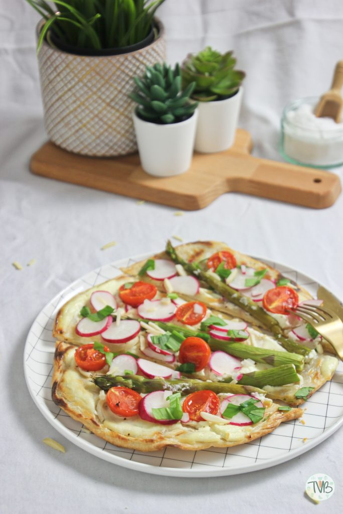 Frühlings Flammkuchen vegan