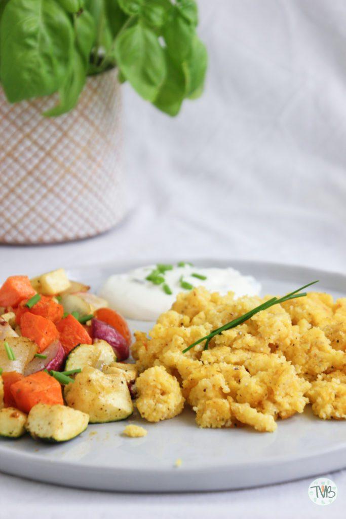 Polenta, Maisgrieß, Gemüse, Schnittlauch, Sterz, steirisch, Ofengemüse, vegan, vegetarisch, veggie