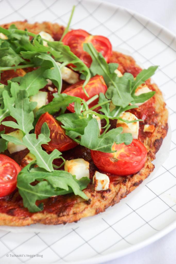 Karfiol Pizza, Blumenkohl, vegan, fitness, wenig Kalorien, ohne Ei, rein pflanzlich