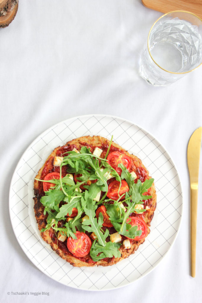 Karfiol Pizza, Blumenkohl, vegan, fitness, wenig Kalorien, ohne Ei